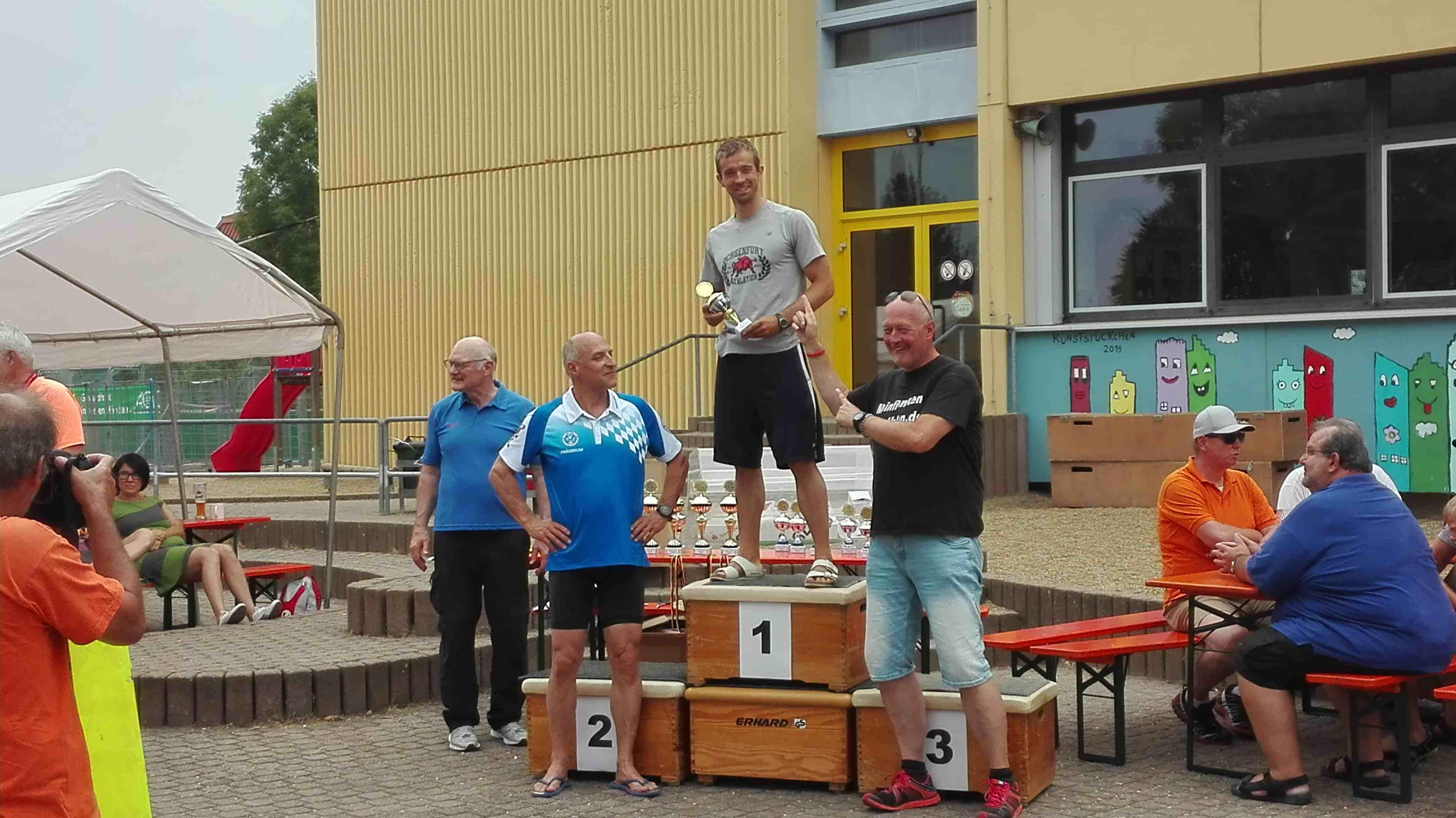 Siegerehrung Triathlon Hofheim